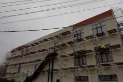 Захарова дом 20Г этап нанесения декоративной штукатурки